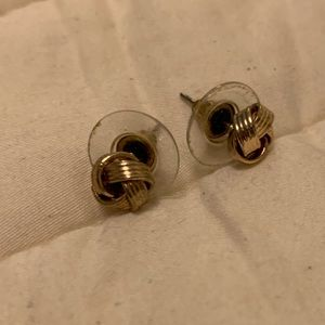 Gold knot post earrings